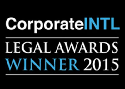 "<a href=""https://www.corp-intl.com/awards/previousawards.aspx""> Corporate INTL Legal Awards, Ganador 2015.</a>"